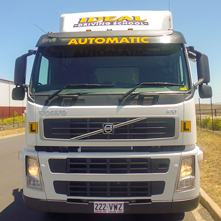 Heavy Rigid Automatic (Restricted) Licence truck driver training